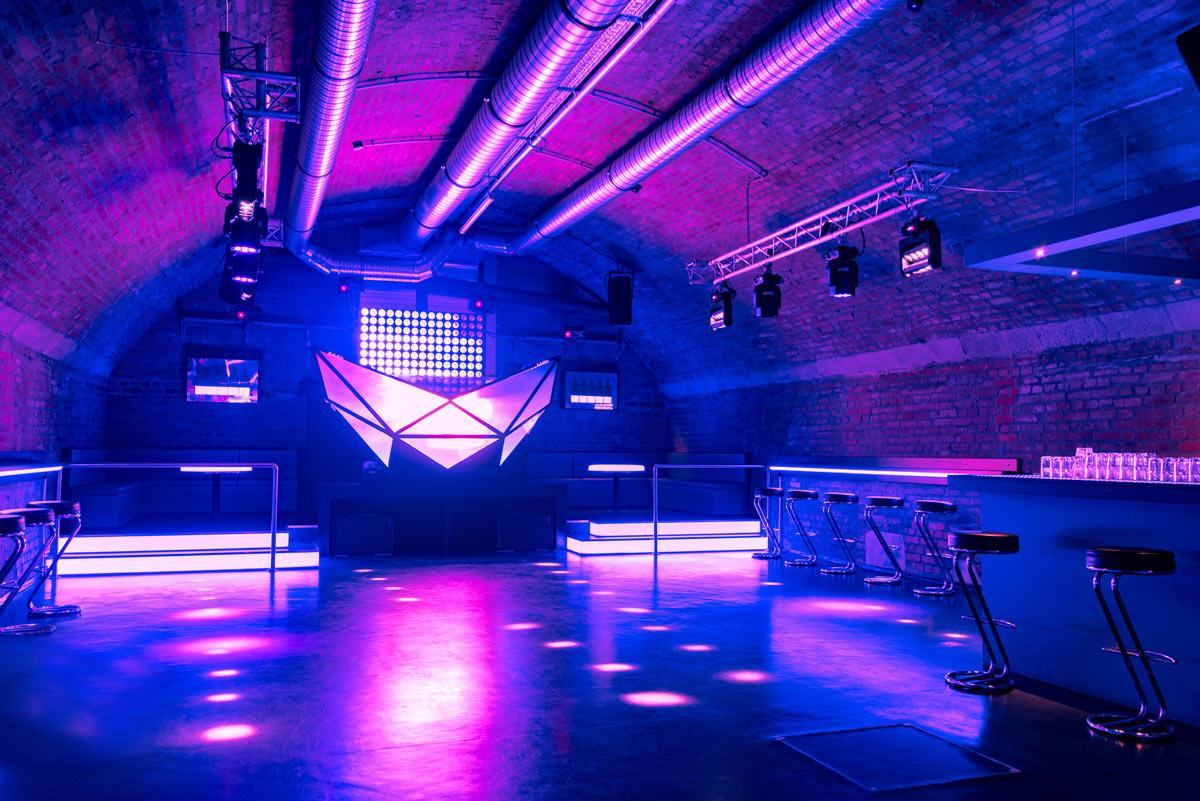 High End Club Installations Marquardts In Stuttgart